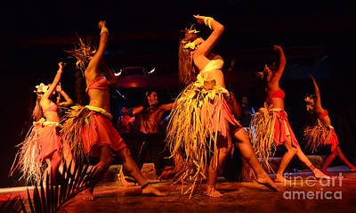 Photograph - Island Love Rapa Nui 2 by Bob Christopher