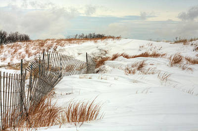 Winter Storm Photograph - Island Snow by JC Findley
