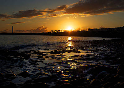 Photograph - Island Sunset by Ed Pettitt