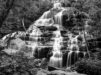 Photograph - Issaqueena Falls-1-bw by Charles Hite