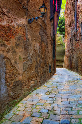 Photograph - Italian Alley by Bob Coates