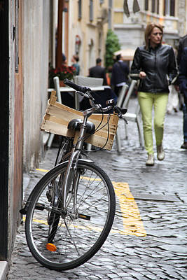Italy Photograph - Italian Transportation by Nancy Ingersoll