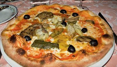 Italy, Camogli Neopolitan Pizza Art Print