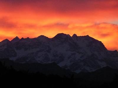 Ben Weinberg Photograph - Italy Piedmont - Turin Golf Club Bogogno Alps At Sunset 5 by Benjamin Weinberg