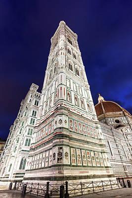 Italy, Tuscany, Florence, Low-angle Art Print by Henryk Sadura/tetra Images