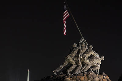 Photograph - Iwo Jima Memorial And Washington Monument  by John McGraw