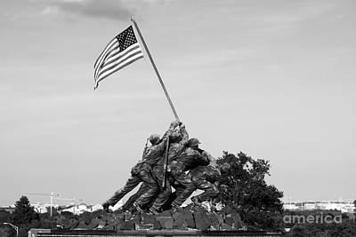 Photograph - Iwo Jima Memorial by Andrew Romer