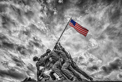 Washington Monument Photograph - Iwo Jima Memorial Bw 1 by Susan Candelario