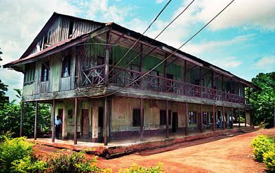 Photograph - Mungo Park House by Muyiwa OSIFUYE