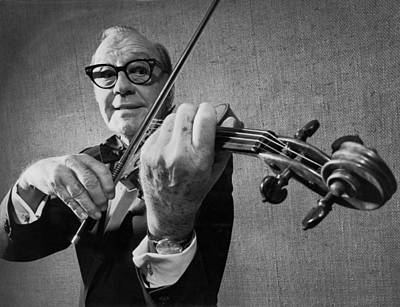 Violin Photograph - Jack Benny Farewell by Underwood Archives