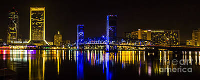 Photograph - Jacksonville Skyline by Paula Porterfield-Izzo