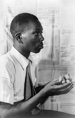 Jacob Lawrence Photograph - Jacob Lawrence (1917-2000) by Granger
