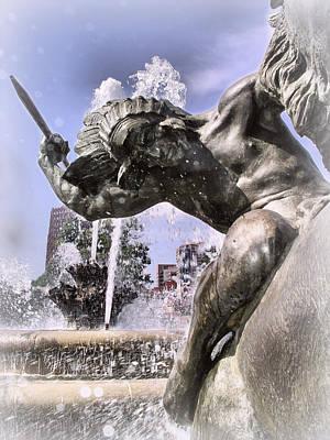 Photograph - J.c. Nichols Fountain Kcmo by Stephanie Hollingsworth