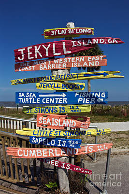 Painted Turtle Wall Art - Photograph - Jekyll Island Sign by Joan McCool