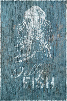 Shell Sign Painting - Jelly Fish by Cora Niele