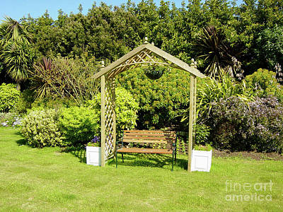 Photograph - Jersey Garden Bench by Deborah Smolinske