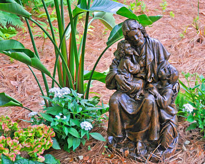 Photograph - Jesus With Child Garden Sculpture by Ginger Wakem
