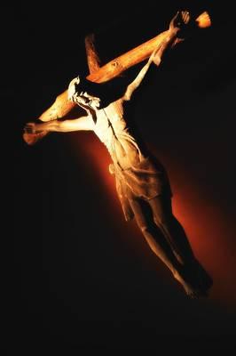 Jesus On The Cross Print by Don Hammond