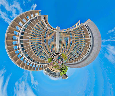 Photograph - Jetson Style Living Now In Honolulu by Dan McManus