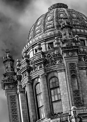 Photograph - Jeweler's Building by James Howe