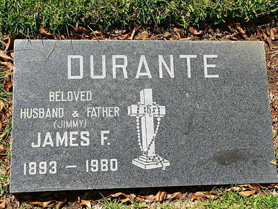 Photograph - Jimmy Durante Grave by Jeff Lowe