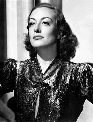 1930s Hairstyles Photograph - Joan Crawford, Ca. 1937 by Everett