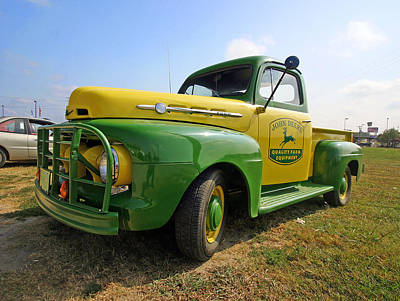Photograph - John Deere Truck by Joseph C Hinson Photography