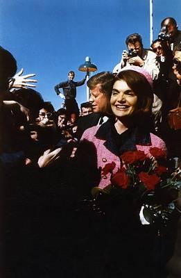 John Kennedy Arrives In Dallas Art Print