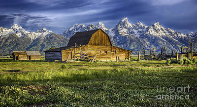 Photograph - John Moulton Barn by Bitter Buffalo Photography