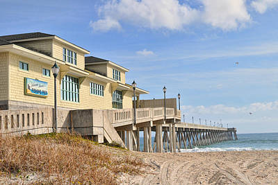 Photograph - Johnnie Mercers Fishing Pier by Paulette B Wright