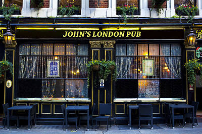 Photograph - John's London Pub by David Pyatt