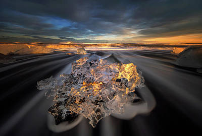Ice Crystal Photograph - Jokulsarlon Diamond by Wojciech Kruczynski