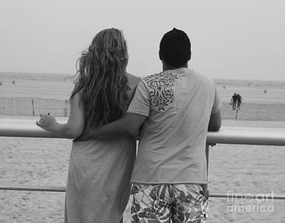 Photograph - Jones Beach Couple by John Telfer