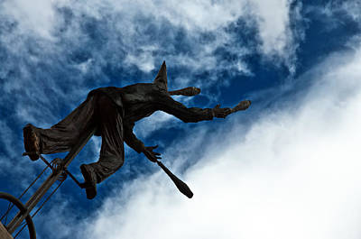Juggling Statue Art Print