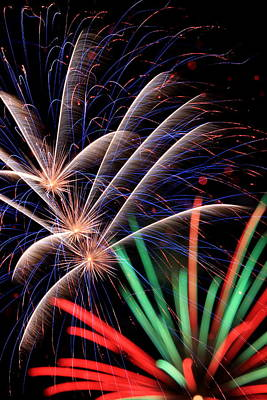 Photograph - July 4th Fireworks by David Dufresne