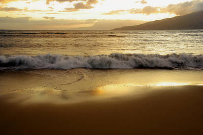 Photograph - Just Another Maui Sunset by Marilyn Wilson