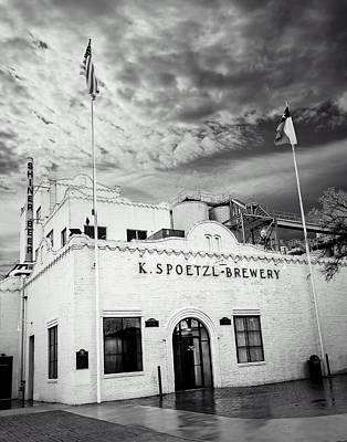 Photograph - K. Spoetzl Brewery by Andy Crawford