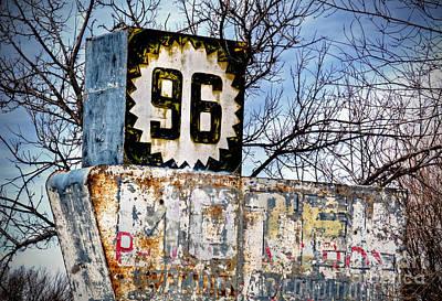 Photograph - K96-motel by Fred Lassmann