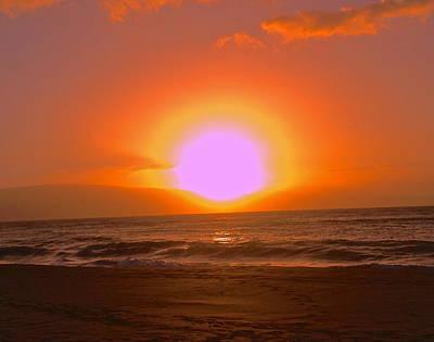 Photograph - Kaanapali Beach Sunset by Jeff Gater