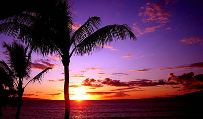 Photograph - Kaanapali Sunset by Phillip Garcia