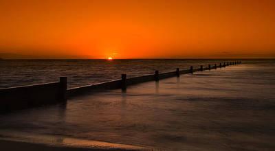Photograph - Kahala Seawall Sunrise by Tin Lung Chao
