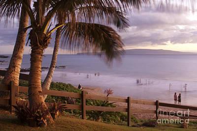 Beach Fence Digital Art - Kai Makani Hoohinuhinu O Kamaole - Kihei Maui Hawaii by Sharon Mau