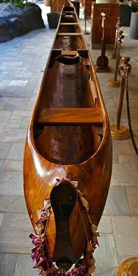 Hawaiian Artifacts Photograph - Kaiolohia Surfing Canoe 1915 by Michele Myers