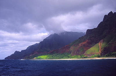 Photograph - Kalalau Beach by Morris  McClung
