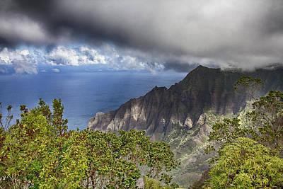 Outlook Photograph - Kalalau Outlook V2 by Douglas Barnard