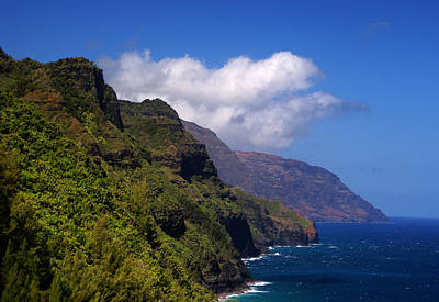 Photograph - Kalalau Trail Napali Coast Summer by Robert Lozen