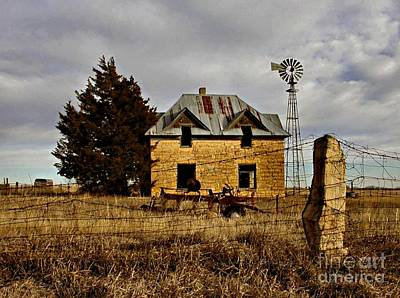 Block Photograph - Kansas Castle 1 by Lynne Wright