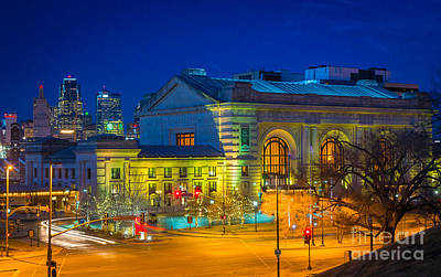 Union Station Photograph - Kansas City By Night by Inge Johnsson