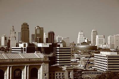 Photograph - Kansas City Skyline 10 by Frank Romeo