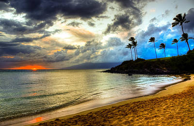 Coconut Photograph - Kapalua Bay Sunset by Kelly Wade